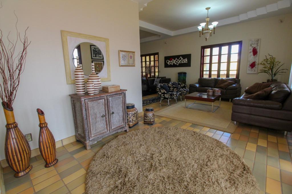 Casa para Venda 597 m²  com 5 quartos
