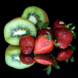 Kiwi-strawberry by Asif Bora - Food & Drink Fruits & Vegetables