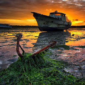 Spooky Ship by Bigg Shangkhala - Landscapes Sunsets & Sunrises ( ship, sunset, cloud, beach, boat, anchor )