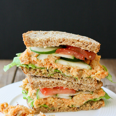 Low Fat Creamy Mashed Chickpea and Veggie Sandwich