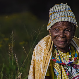 venda woman by Gerrit de Graaff - People Portraits of Women ( photooftheday, woman, historic, beauty, old, tribal, nikon, beautiful, venda, colour, photographer, photography, hirstory )