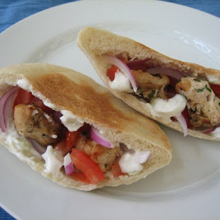 Pitas with Chicken and Tzatziki Sauce