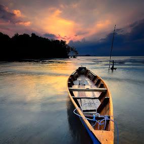 ::. X-Boat .:: by Ahmad Zulharmin Fariza - Transportation Boats