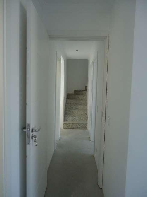 Sobrado de 3 dormitórios em Fanny, Curitiba - PR