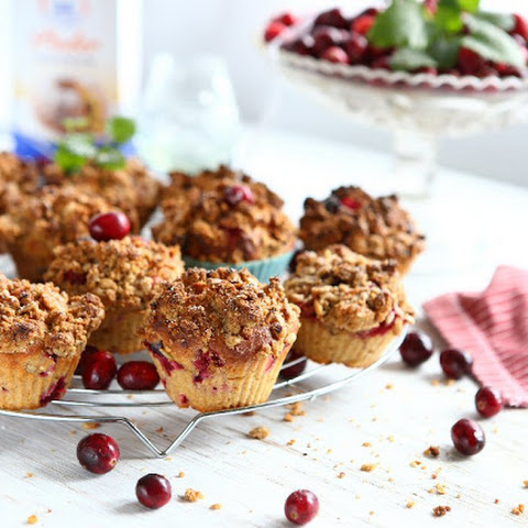 Fresh Cranberry Streusel Muffins with Einkorn and Quinoa