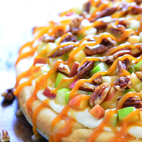 Caramel Apple Fruit Pizza