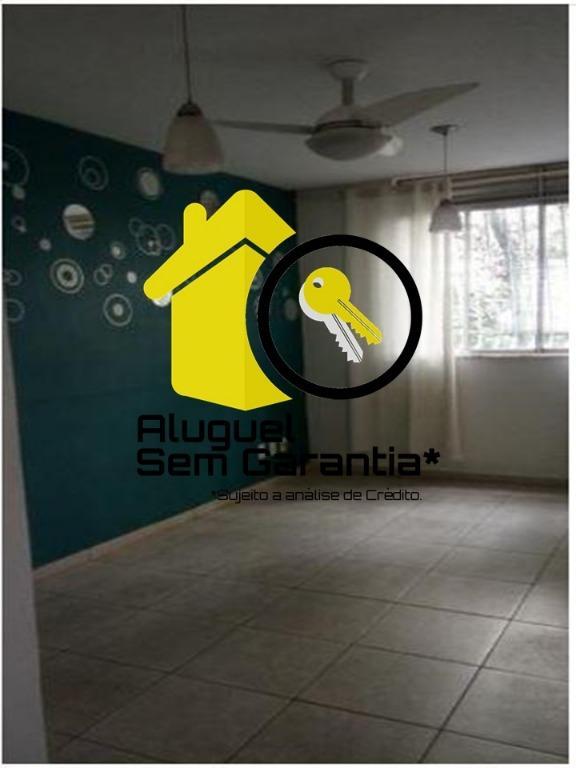 Apto na Rua Noronha Torrezão, 407, Sala, 2 Quartos + 3º Quarto Reversível, Banho, Lavabo, Cozinha Mobiliada, Área, Vaga.