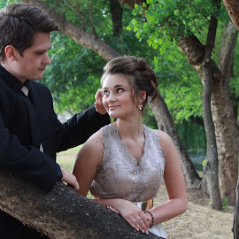 by Elna Fourie - People Couples ( golfcourse, chandre, matric, dance, people, couples )