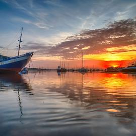 .:: spread up ::. by Setyawan B. Prasodjo - Transportation Boats