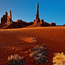 Monument Valley-9 by Kevin Whitaker - Landscapes Deserts ( monument valley, sunrise totem pole, guided tour )