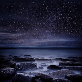 Shining in darkness by Jorge Maia - Landscapes Starscapes