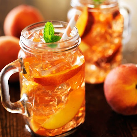 Slow Cooker Spiced Peach Iced Tea