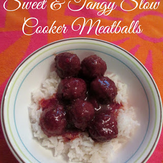 Sweet & Tangy Slow Cooker Meatballs #SlowCookerMeals