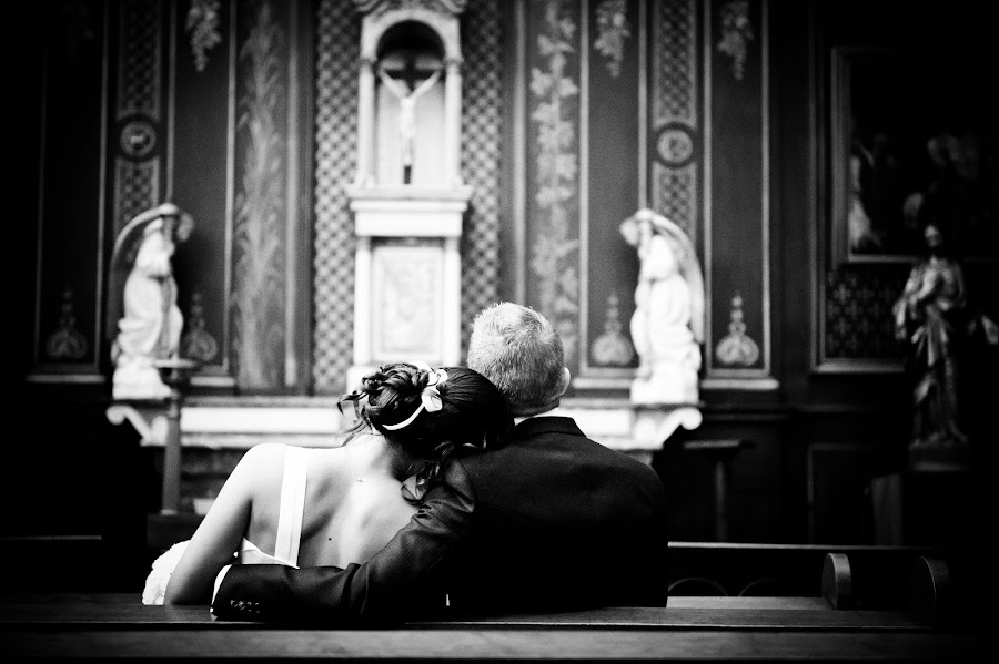 Pending... by Cédric Duhez - Wedding Bride & Groom ( black and white, wedding, before, french )
