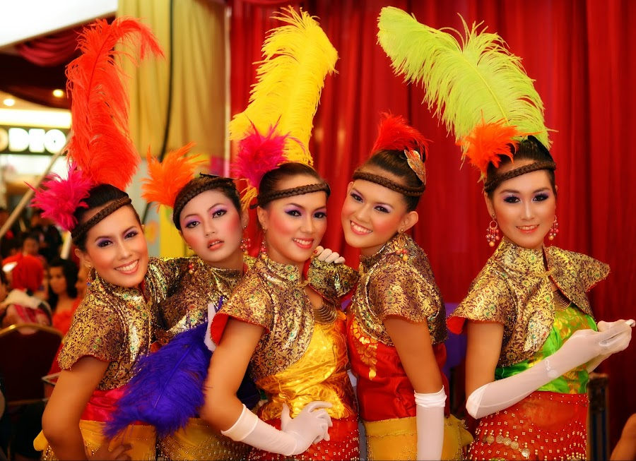 Backstage Colours by Aditya Krista - People Musicians & Entertainers ( colour, girls, beauty, people )