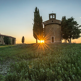 Dramatic Sunset at the tuscan chapel by Aleš Krivec - Buildings & Architecture Other Exteriors ( countryside, tuscany, grass, tuscan, sun, country )