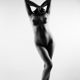 Donna by Vincent Yates - Nudes & Boudoir Artistic Nude ( contrast, arms up, nude, black and white, headless )