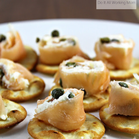 Easy Smoked Salmon and Cream Cheese Appetizers
