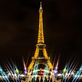 Tour Eiffel by Tom Baker - City,  Street & Park  Night ( paris, eiffel tower )