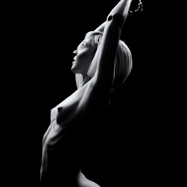 Jeane Monroe Body Scape by Kens Yeaglin - Nudes & Boudoir Artistic Nude ( jeanemonroe nude black and white boudoir body scape )