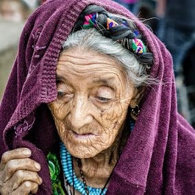by Luis Cabarrus - People Street & Candids