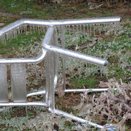 by Betty Sutton - Artistic Objects Furniture