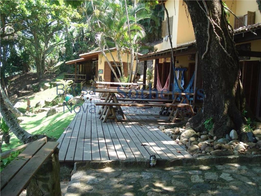 Casa dos sonhos em praia privilegiada, verdadeiro Paraíso.