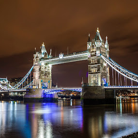 London Bridge at Night by Sorin Bogdan - Buildings & Architecture Bridges & Suspended Structures ( canon, exposure, london, 2013, colors, night, bridge, light )