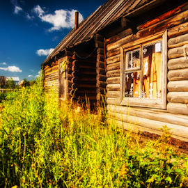 Old Siberian by Zakhar Zhitkov - Buildings & Architecture Homes ( old, wooden, summer, house, siberia )