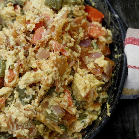 Migas con Nopales (Scrambled Eggs w/ Tortilla and Cactus)