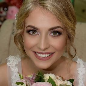 by Sasa Rajic Wedding Photography - Wedding Bride ( wedding photography, wedding day, weddings, wedding, bride, portrait )