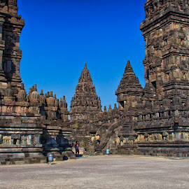 the great prambanan temple by Hartono Wijaya  - Buildings & Architecture Public & Historical ( architecture, hinduism, unesco, street photography, temple, cultural heritage, worl heritage, central java, yogyakarta, indonesia, buildings, historical, public, landscapes, travel photography )