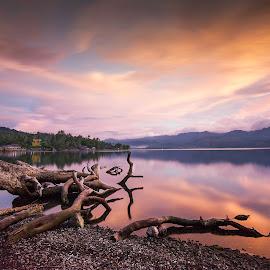 Sunset at Lake Singkarak West Sumatra by Nofen Hendrik - Landscapes Sunsets & Sunrises ( natures, natural light, nature, waterscape, sunset, beautiful, lake, beach, landscapes, landscape, natural, golden, golden hour )
