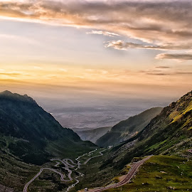Sunset on the road by Gabriel-Cristian Stancu - Landscapes Sunsets & Sunrises ( mountains, sky, blue, sunset, roads )