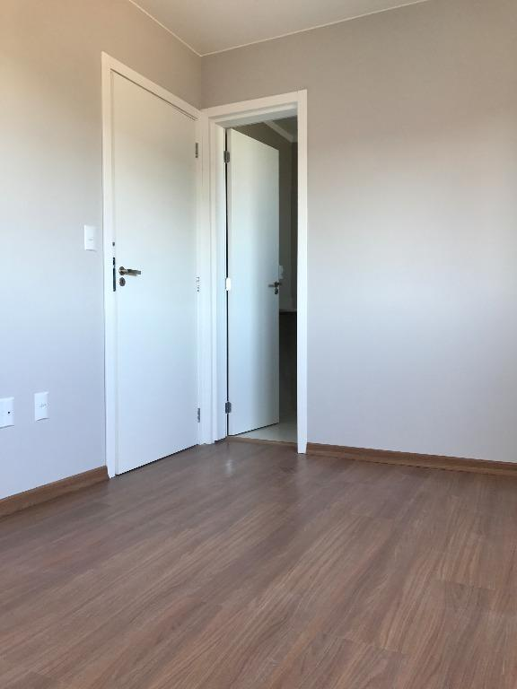 Apartamento de 3 dormitórios à venda em Medianeira, Santa Maria - RS