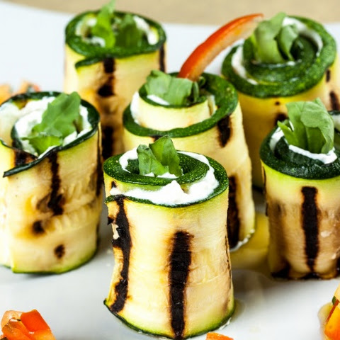 Rolls with zucchini and goat cheese(Diet food)