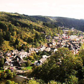 Autumn in Vianden by Ioana Laura - Landscapes Travel
