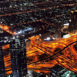 At the top of burj khalifa by Akshe  Kumar - Buildings & Architecture Architectural Detail ( iphoneography, buildings, architecture, trails, burj khalifa )