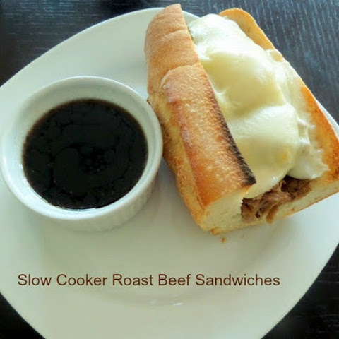 Slow Cooker Roast Beef Sandwiches