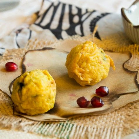 Spicy Potato Fritters (Batata Vada)