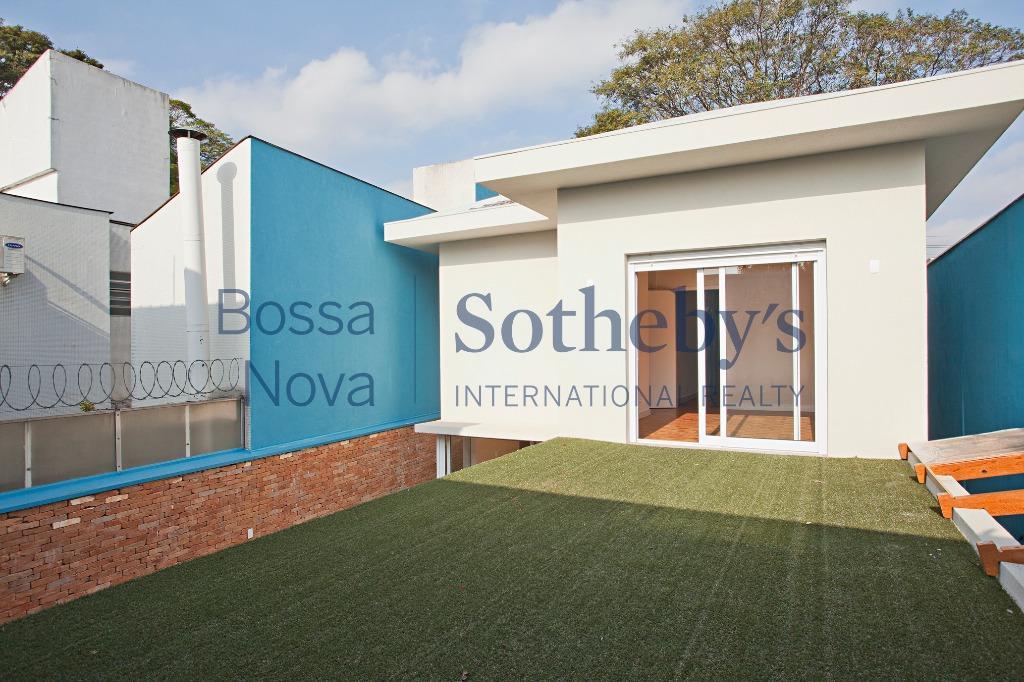 Casa reformada com projeto contemporâneo