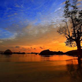 Morning at Nongsa Pura by Alit  Apriyana - Landscapes Travel