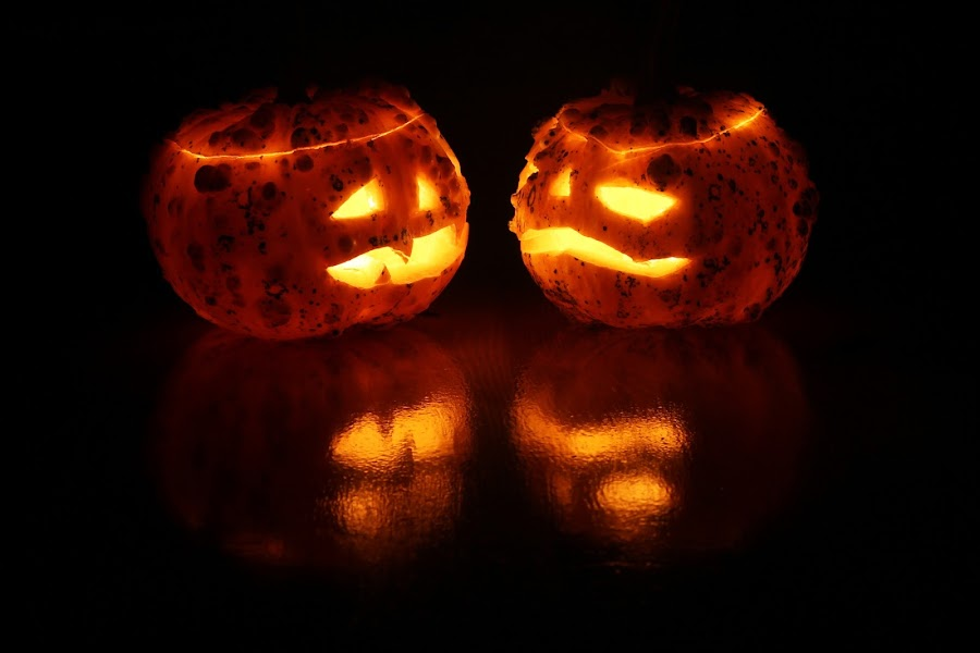 Jack-o-lanterns by Nicu Buculei - Public Holidays Halloween ( lights, holyday, lantern, pumpkin, halloween, , carved )
