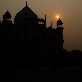 Safdarjung's tomb by Tridibesh Indu - Buildings & Architecture Statues & Monuments ( silhouete, tomb, sky, outdoor, safdarjung, monument, india, sun, delhi )