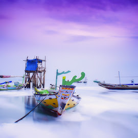 three point ship by Kurniawan H - Transportation Boats ( long exposure, beach, landscape )
