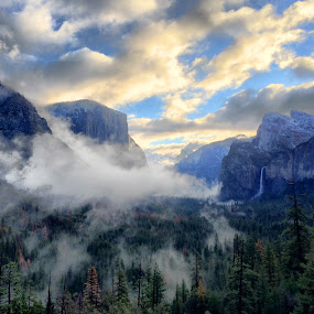Tunnel View, Yosemite  by Randi Hodson - Instagram & Mobile iPhone ( mountains,  )