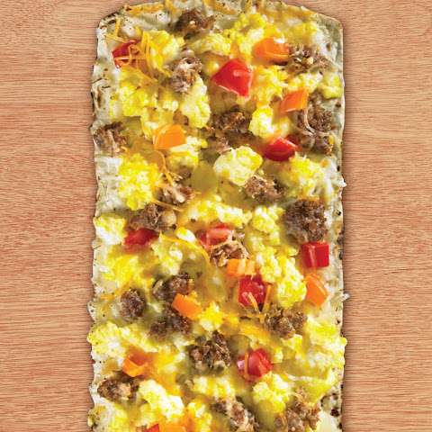 Thin Crust Egg, Sausage & Pepper Breakfast Pizza
