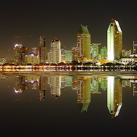San Diego - Panoramic Downtown by night by Gérard CHATENET - Digital Art Places
