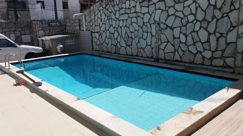 Casa com 3 dormitórios à venda, 200 m² por R$ 900.000 - Bessa - João Pessoa/PB
