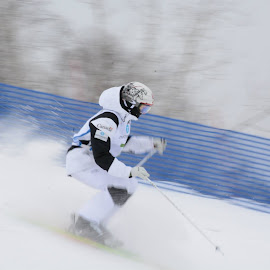 Snow motion by Michel Burelle - Sports & Fitness Snow Sports
